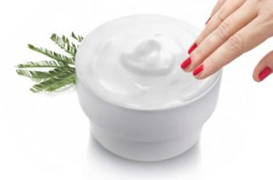 Uneven Skin Tone Treatment: Get the cream and apply it. Topical application creams containing ingredient like the 1. alpha hydroxy acids (AHAs) and 2. retinoids (a special form of Vitamin A) are commonly used. Both of these ingredients brings about exfoliation and rejuvenate the skin, are helpful in treating hyperpigmentation of all types.   Note: Always remember that cream still remains the mainstay of treatment.
