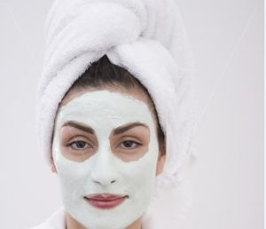 Chemical Peel for a Silky-smooth Snow-white Texture & Complexion.